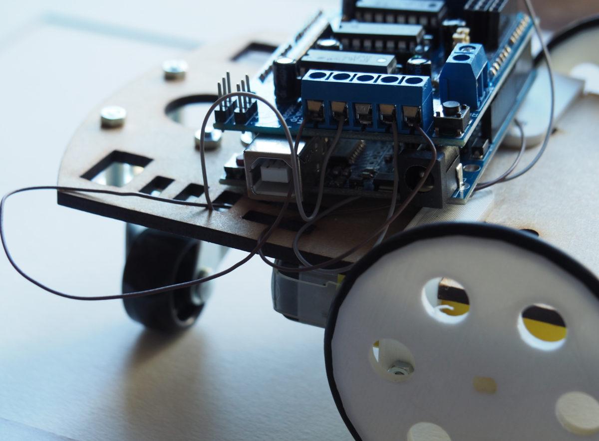 Programmer un robot télécommandé